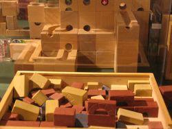Holzbausteine Holzbaukloetze spielwaren für kinder